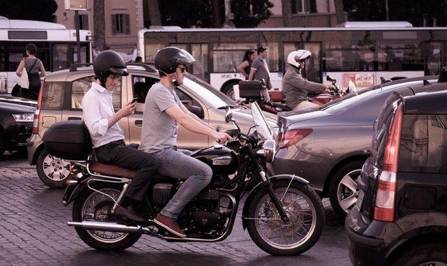 mototrijbewijs - veilgheid - motorhelmen